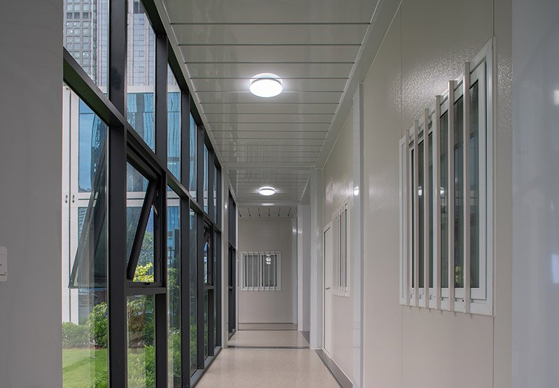 walkway container